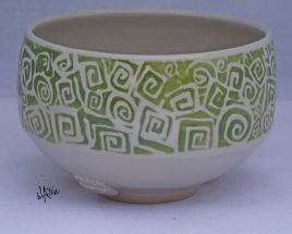 Porcelain tea bowl with a clear glaze.