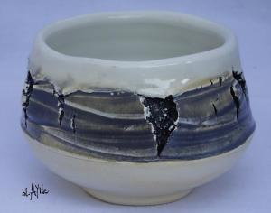 Ceramic tea bowl