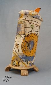 ceramic box / urn