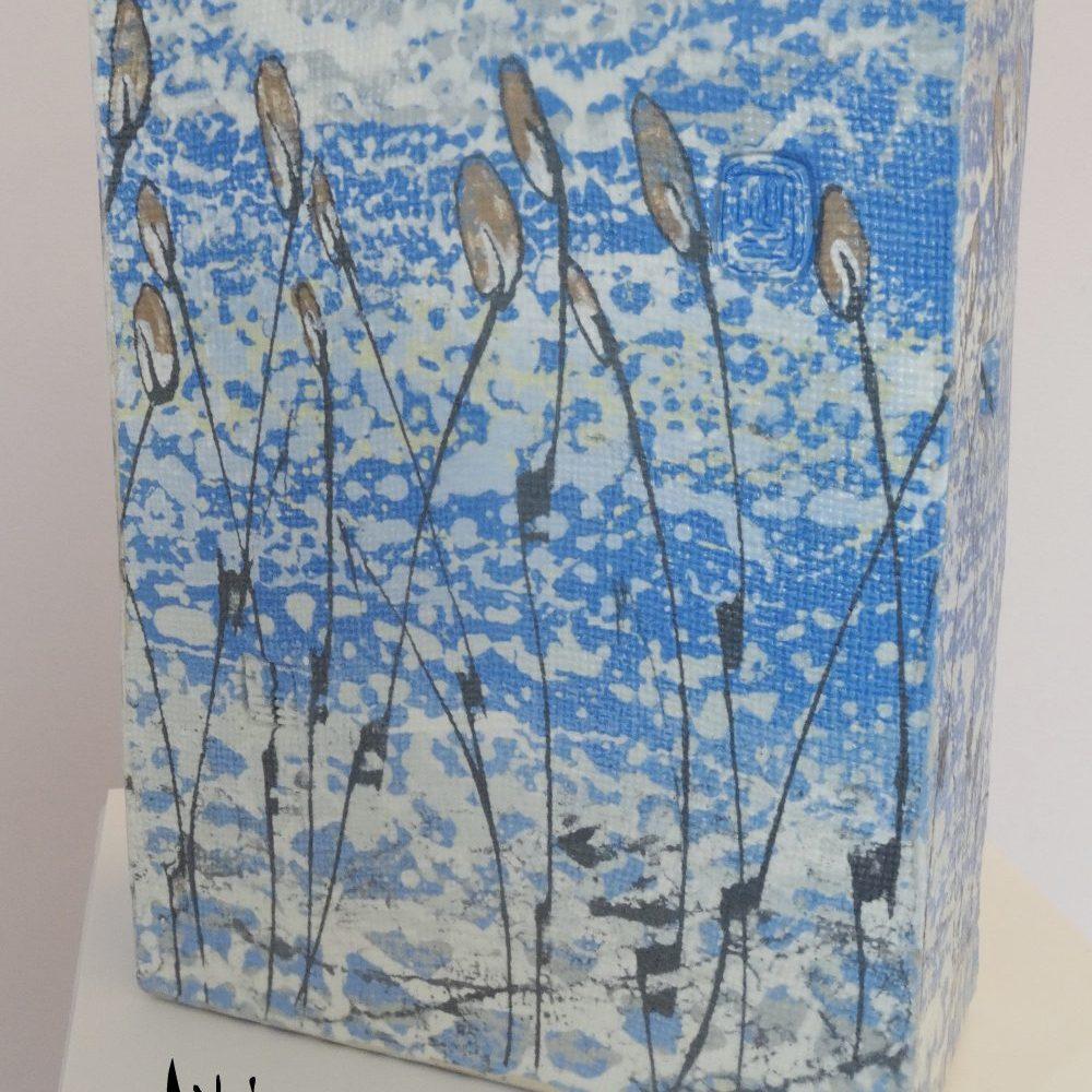 ceramic table art, block shape